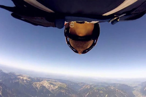 Awesome Wingsuit Flying Video