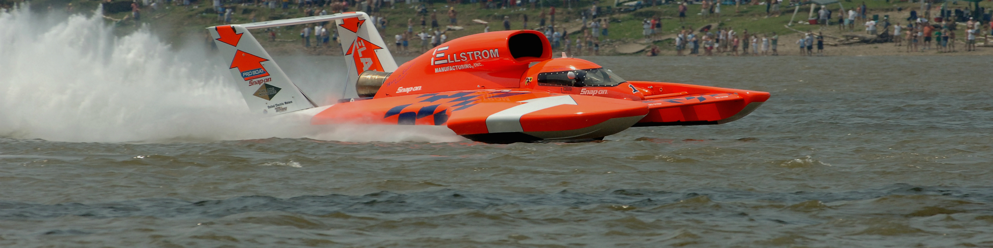 ​On October 8, 1978, Ken Warby made history when he took his motorboat over 317 miles per hour. Today, the record still stands officially at 317.58 miles per hour and official attempts to break it have been minimal due to safety concerns. For a man in the small English village of Hoveton, however, it appears records were meant to be broken.
