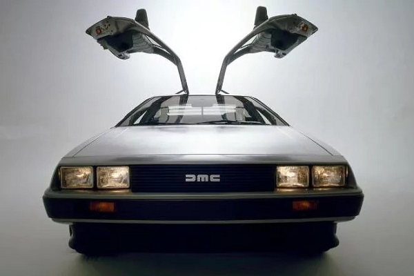 The DeLorean is Back! Pre-Orders for the 2017 DeLorean Start Today