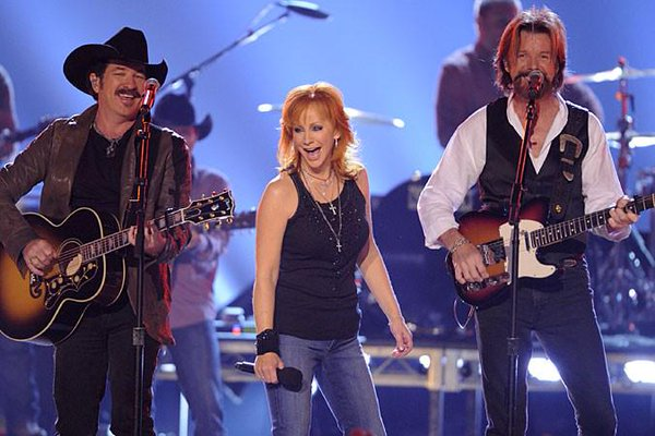 Reba, Brooks & Dunn Residency at Caesar's Place