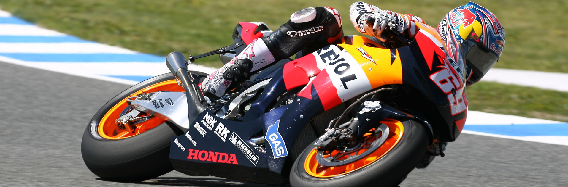 Nicky Hayden is slated to make his return MOTOGP this weekend at the Australian Grand Prix substituting for the injured Dani Pedrosa. This marks the American's first return to MOTOGP since winning the world title a decade ago. The reunion will pair Hayden alongside world champion Marc Marquez on the works HRC bike and will be Hayden's first appearance back at his old racing team.