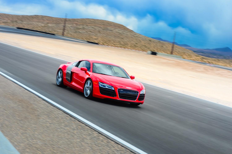 Drive A Audi R8 V10 Plus In Las Vegas Audi Driving Experience