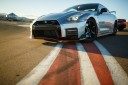 race a nissan GTR at speedvegas